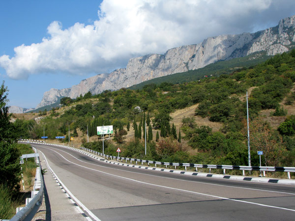 Дорога из Симферополя в Ялту